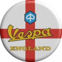 Vespa England Pin Badge